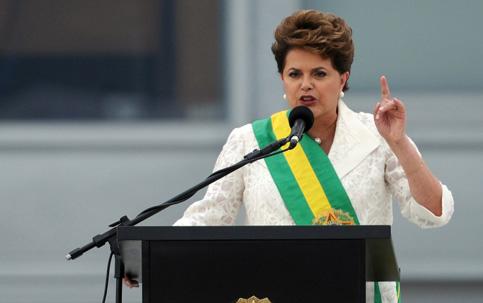 Dilma Rousseff, a primeira mulher no cargo de presidenta do Brasil